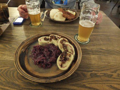 pivo_and_dinner