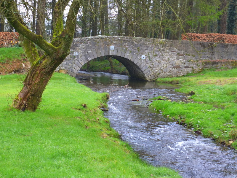 One of many picturesque bridges