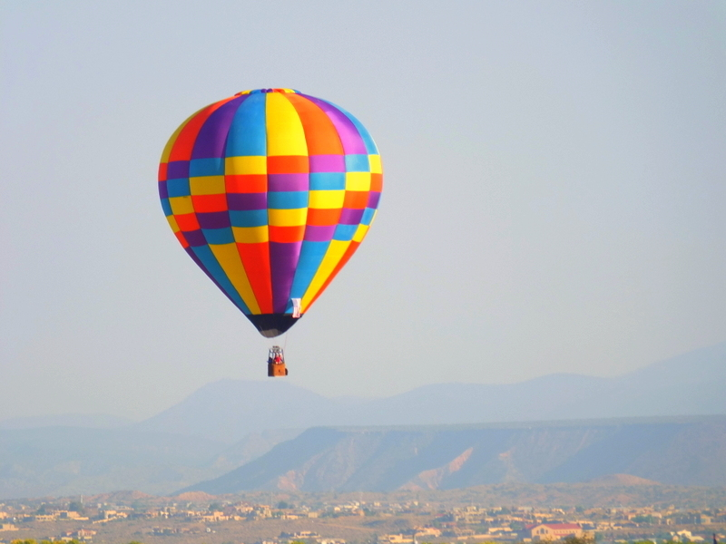 Balloon Fiesta visit along North Diversion Channel Trail