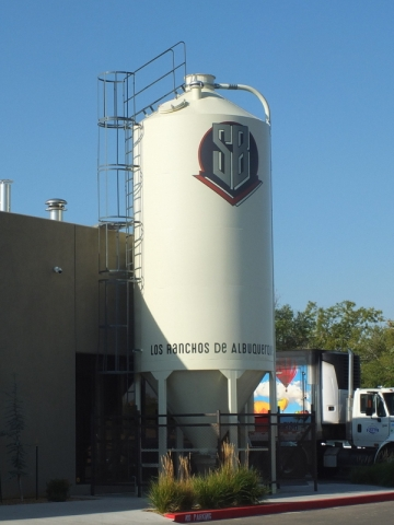 Steelbender Brewyard silo