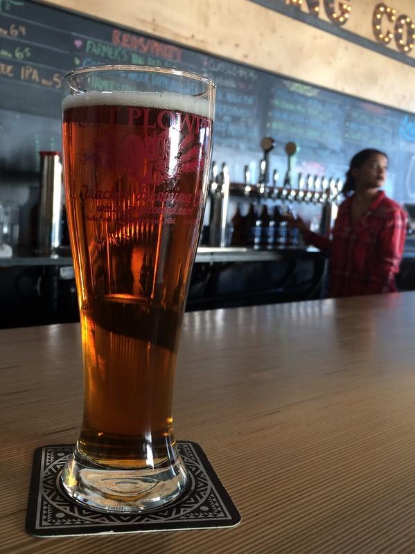 Tractor Brewing Company Barnstorm Ale