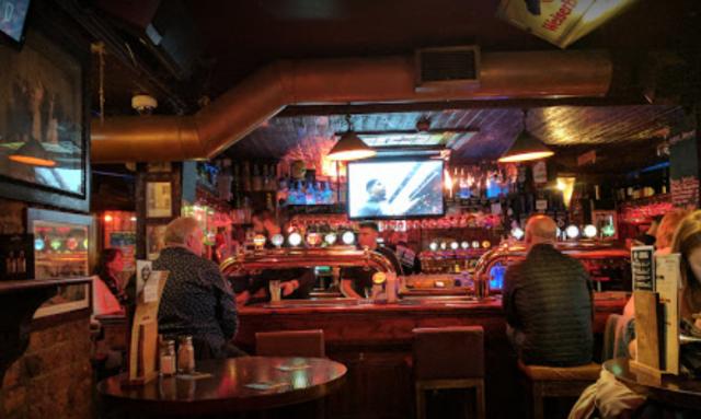 Bar at the Porterhouse