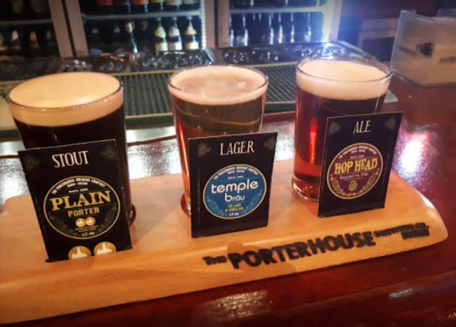 sampler at Porterhouse Brew Pub