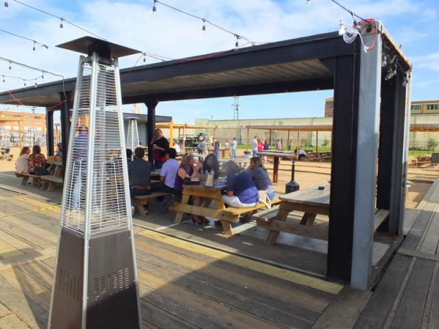 8th Wonder Brewery outdoor seating
