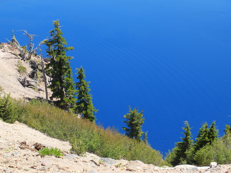 blue sky or blue lake?