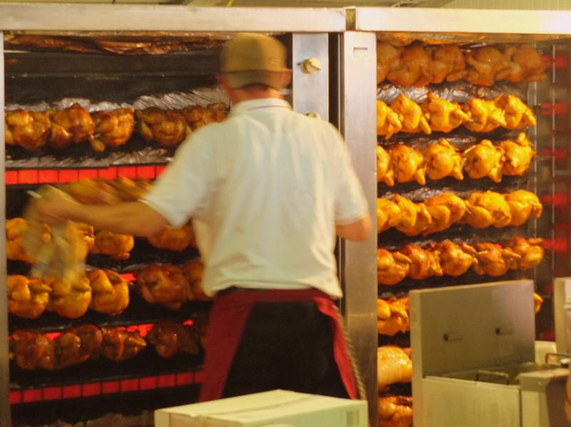 Hallertauer Volksfest - roasting chickens