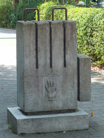 hand of stone