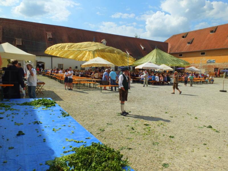 courtyard site of Hopzupfa