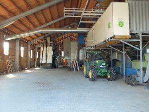 Harvesting barn