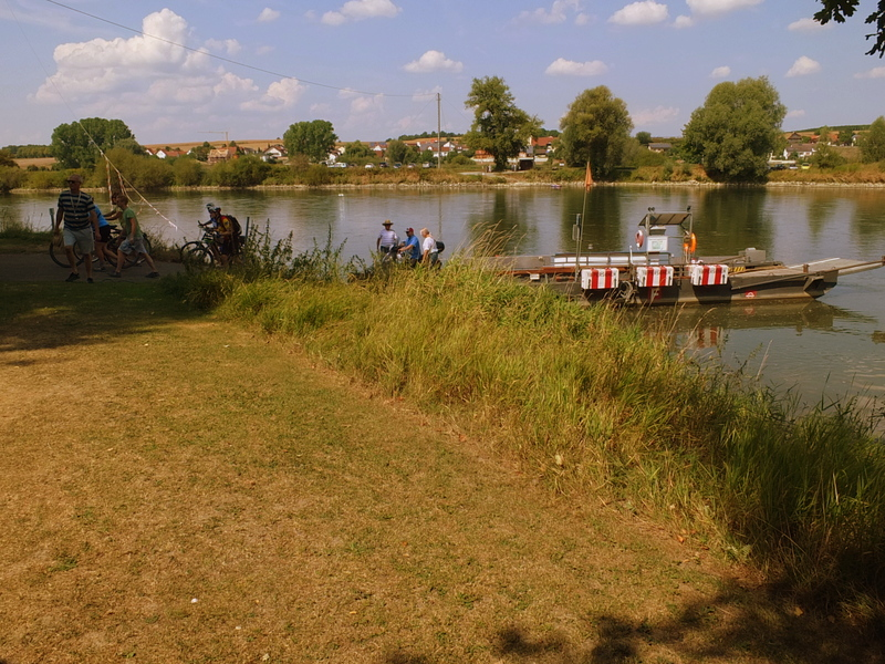 bike and pedestrian ferry at Eining biergarten