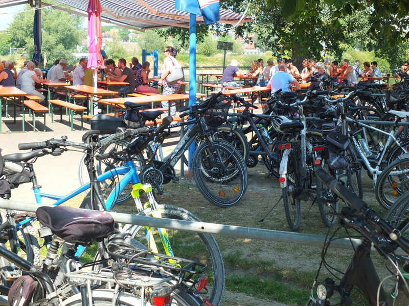 bicycles at the Eining ferry crossing