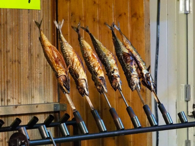 Hallertauer Volksfest - roasting fish