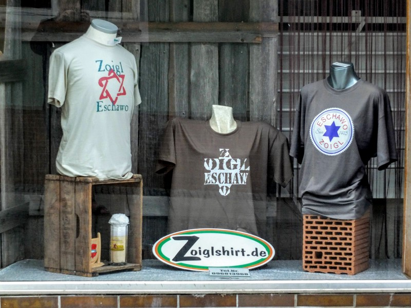 shop window - Eshawo is the name for Windischeschenbach in the local dialect