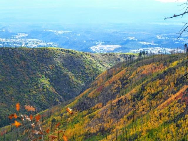 Canada Bonita trail - view to Los Alamos