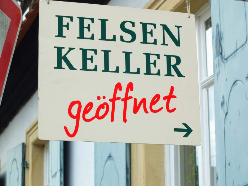 Felsen Keller sign