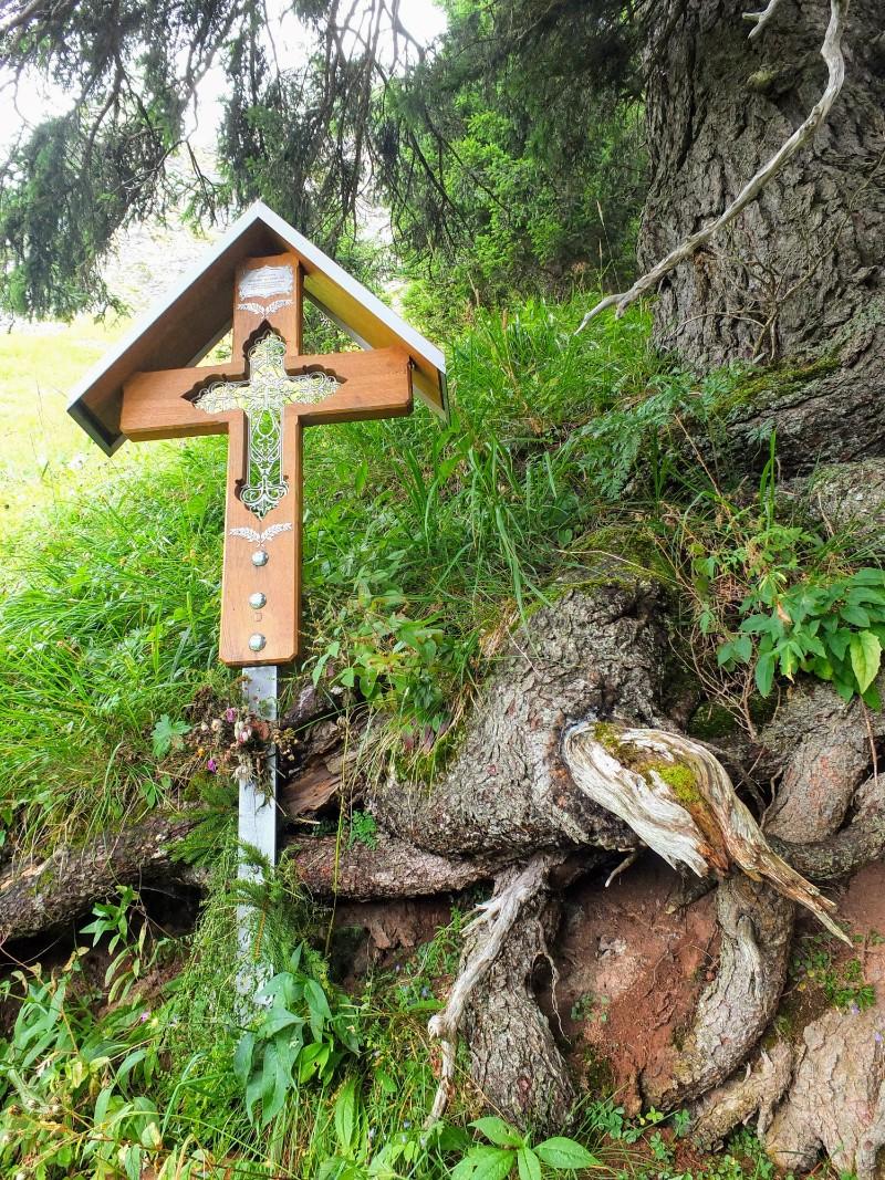 trailside shrine