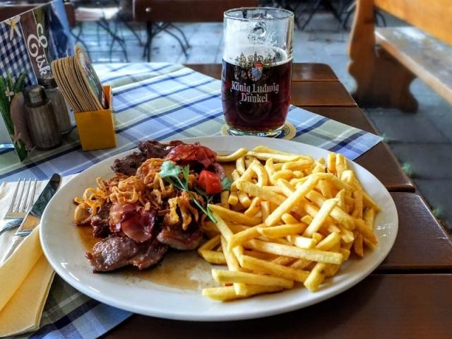 dinner at Bräustüberl Garmisch