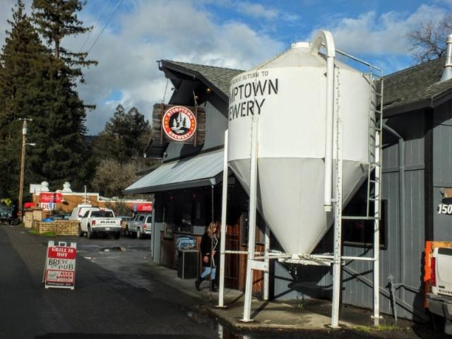 Stumptown Brew Pub