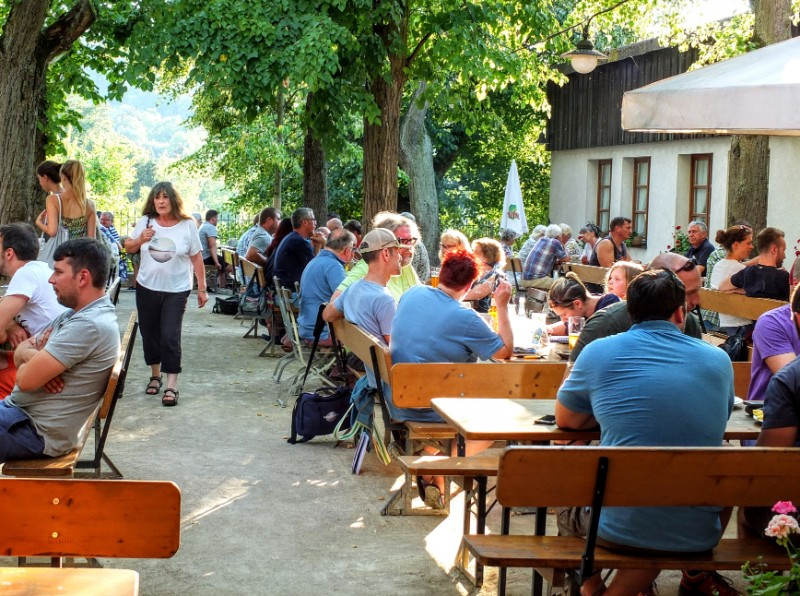 Brauerei Greifenklau biergarten