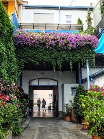 Hopfengarten entryway
