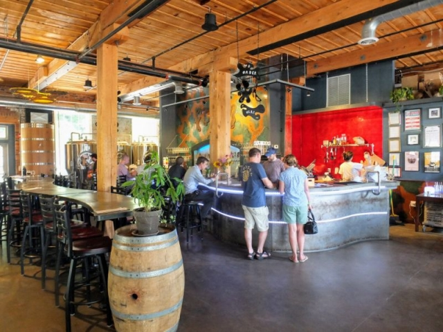 Foam Brewers taproom