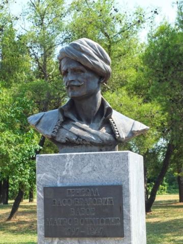 Vaso Brajović statue