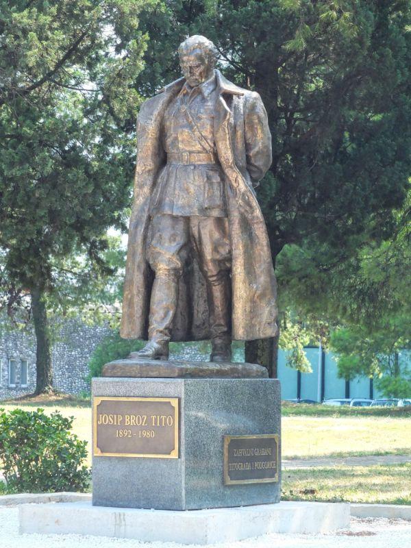 Tito statue