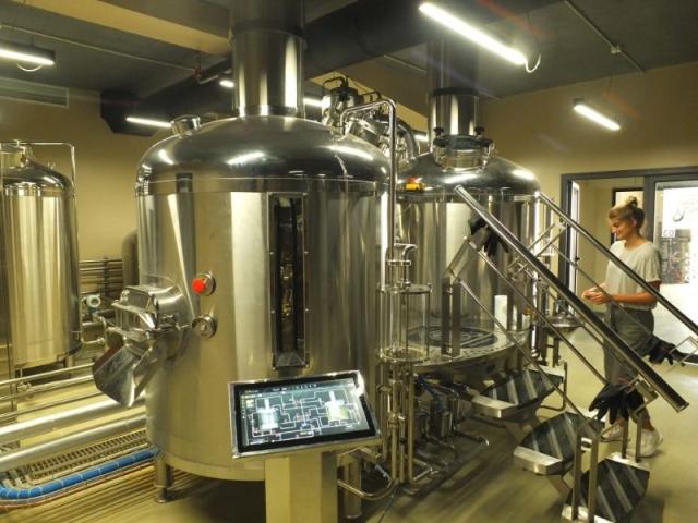 Mammut Pivo brew house