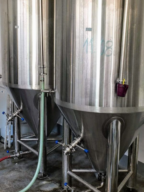Mala Novska Pivara fermenters