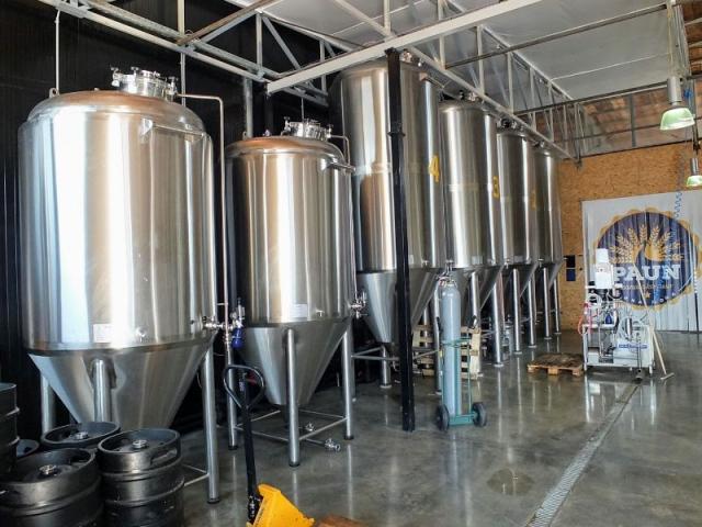 Paun Pivo fermenters