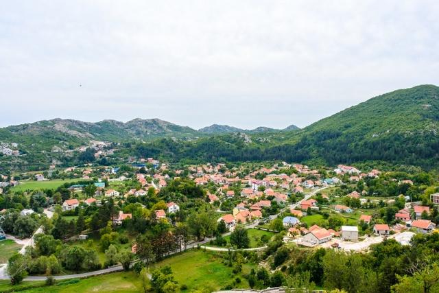 Cetinje (image by Nick Savchenko)