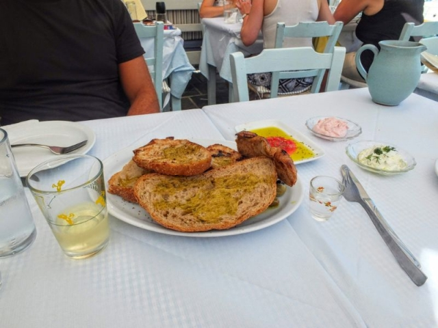 Rusk with olive oil