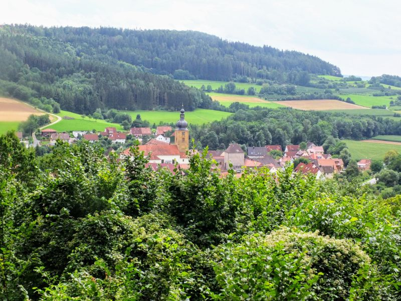 view back to Weißenohe
