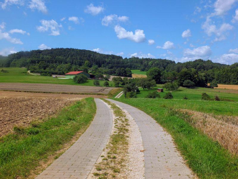 route on farm lane
