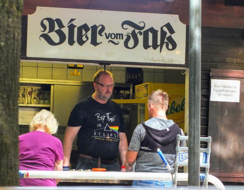 Greif Keller beer window