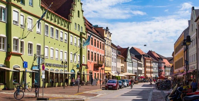 Freising Hauptstrasse - image by Doc Searls