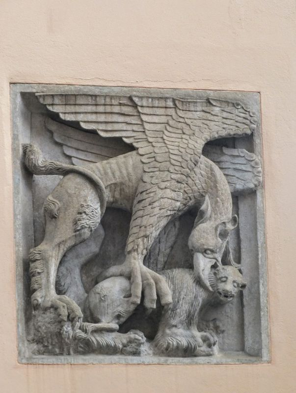 Rathaus relief