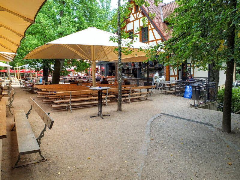 Brauhaus am Kreuzberg Biergarten