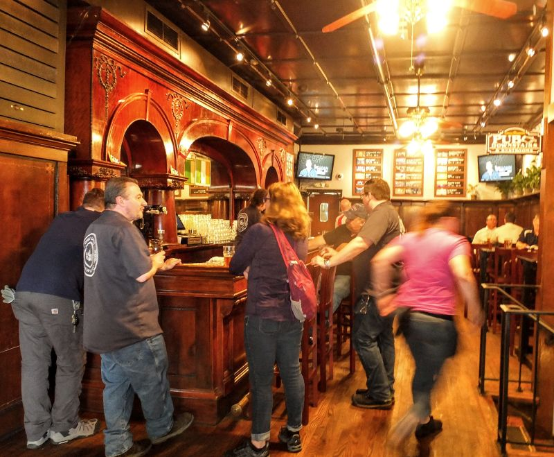 Great Lakes Brewing taproom