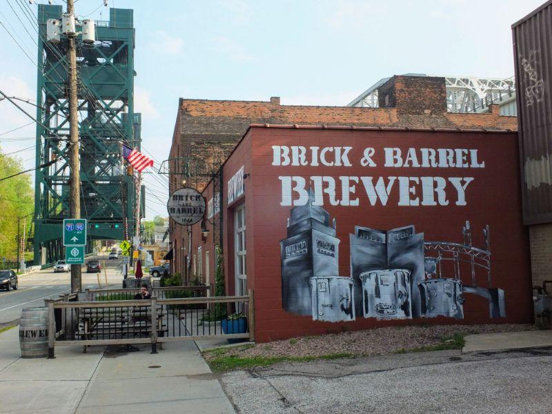 Brick & Barrel Brewery
