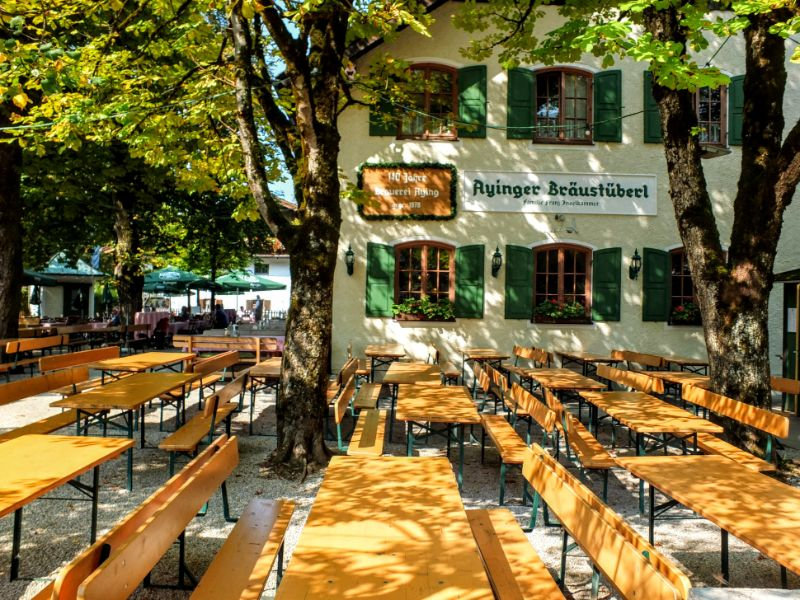 Ayinger biergarten