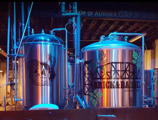 Brick & Barrel Brewery - image by Warren Reinhard
