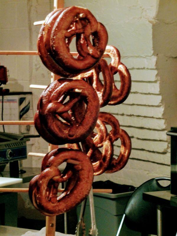 pretzel rack