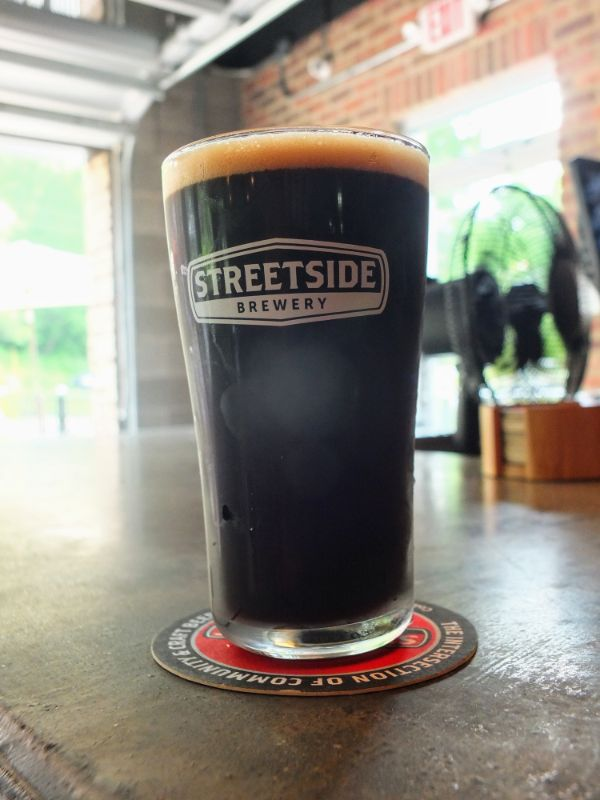 Streetside Brewery Cafe con Leche Stout