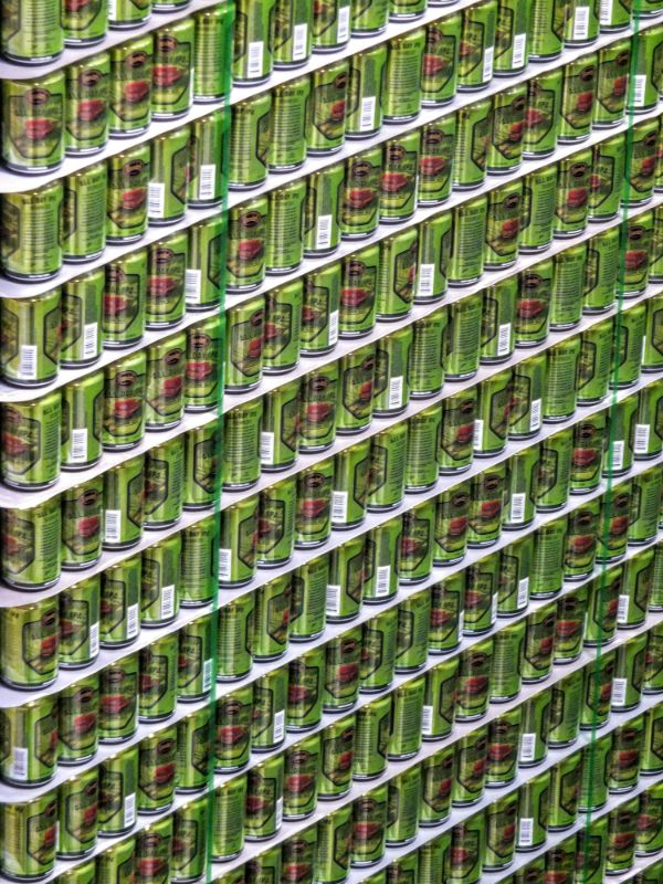 lots of cans