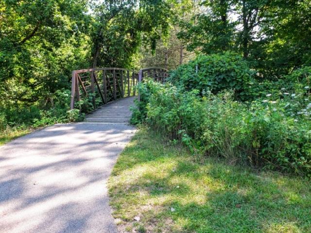 Buck Creek Trail