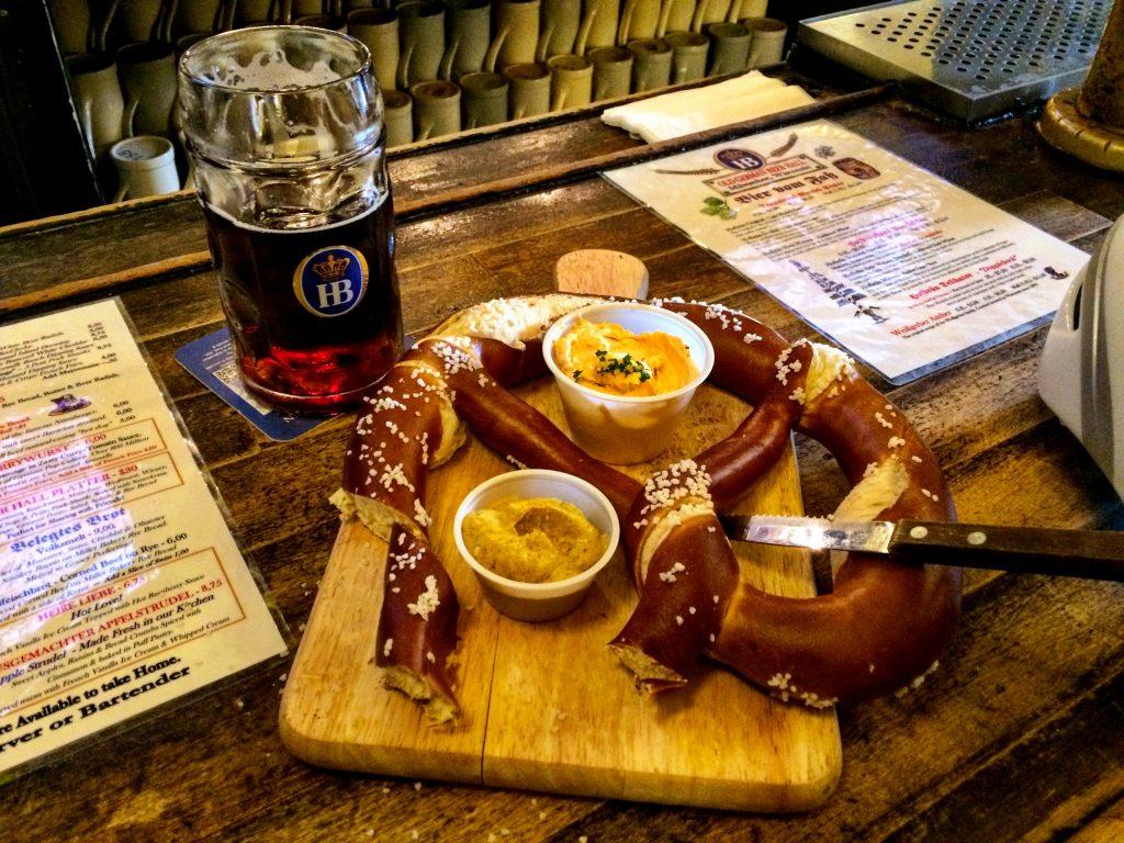Old German Beer Hall - pretzel & dunkel