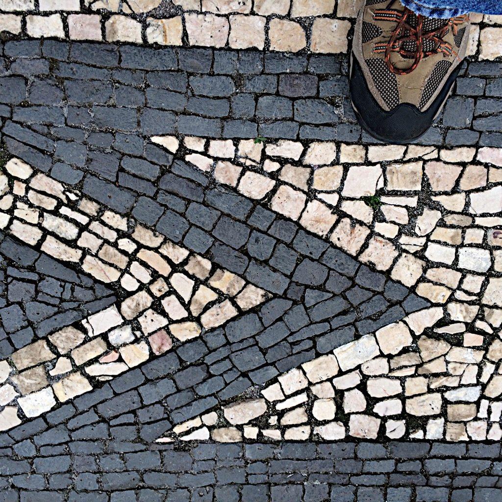 Azores Impressions - cobblestone art
