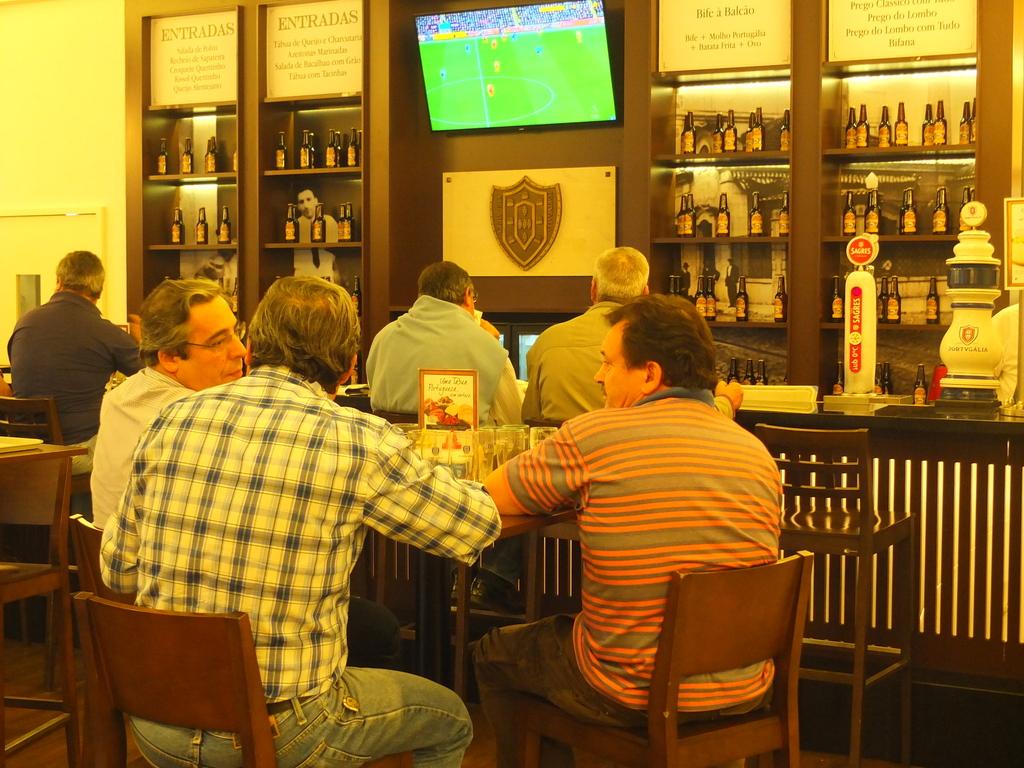 BeerWalkinginLisbon - DSCF0716.jpg