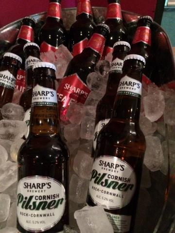 Live beer blogging - Sharp's Cornish Pilsener